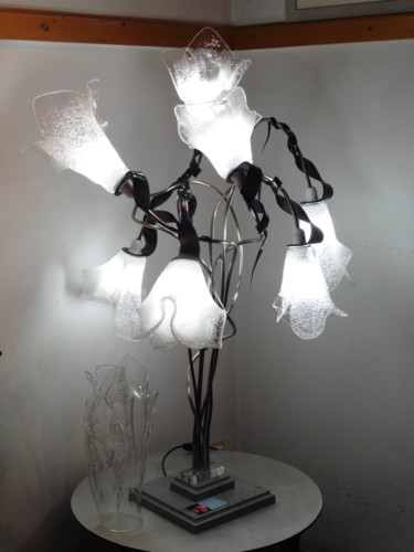 Lampe 7 tulipes blanches
